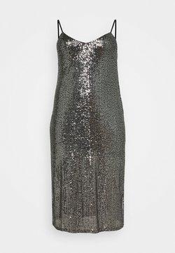 ONLY Carmakoma - CARVENDI CALF STRAP DRESS - Cocktail dress / Party dress - silver
