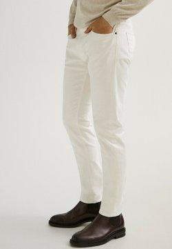 Massimo Dutti - MIT FISCHGRÄTENMUSTER  - Slim fit jeans - beige