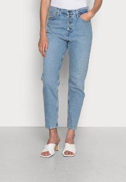 Calvin Klein Jeans - MOM - Relaxed fit -farkut - denim light