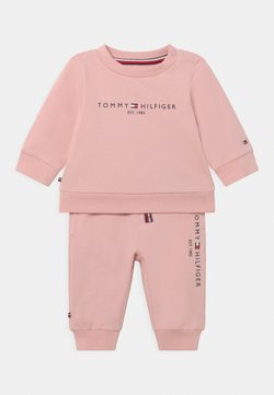 Tommy Hilfiger - BABY ESSENTIAL CREWSUIT SET UNISEX - Chándal - pink
