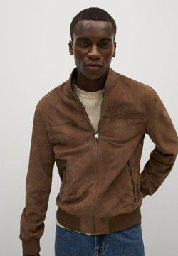 Mango - GRUS - Leather jacket - marron clair/pastel
