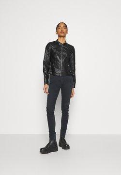 Vero Moda - VMLOVE SHORT COATED JACKET - Veste en similicuir - black