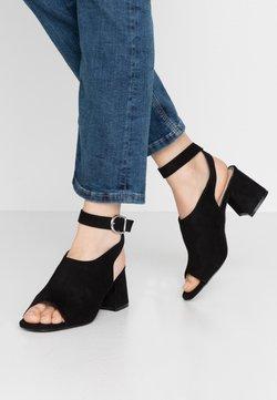 Miss Selfridge - STELLA HIVAMP BLOCK FLARE HEEL - Sandals - black