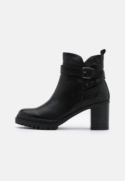 Carmela - LADIES  - Enkellaarsjes met plateauzool - black