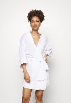 Cotton On Body - I DO FASHION GOWN - Dressing gown - white