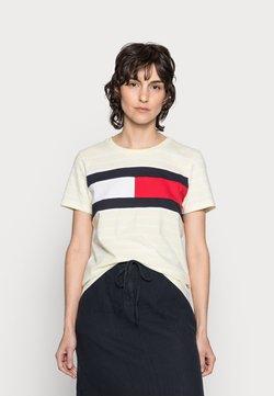 Tommy Hilfiger - TEE REGULAR FIT FLAG - T-Shirt print - classic brenton/frosted lemon