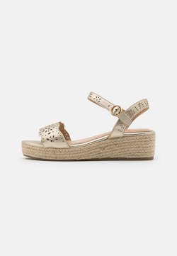 Dorothy Perkins Wide Fit - WIDE FIT REBECCA WEDGE - Sandalen met plateauzool - gold