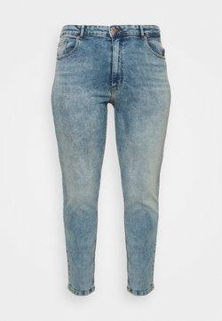 ONLY Carmakoma - CARENEDA MOM - Jeans Slim Fit - light blue denim