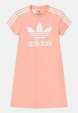 adidas Originals - SKATER DRESS - Jerseykleid - haze coral/white