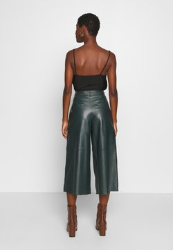 Oakwood - MEGHAN - Leather trousers - dark green