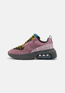 Nike Sportswear - AIR MAX VERONA 2.0 - Sneakers laag - black/plum dust/dark citron/green abyss