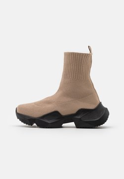 Nly by Nelly - CHUNKY SOCK RUNNER - Sneakers high - beige