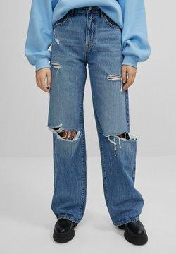 Bershka - MIT SCHLAGHOSE UND RISSEN - Jeans Relaxed Fit - dark blue