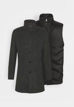 Bruun & Stengade - 2-IN-1 - Krótki płaszcz - charcoal