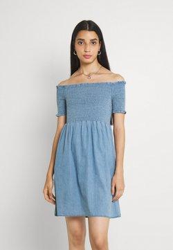 ONLY - ONLCORA LIFE SMOCK DRESS - Vapaa-ajan mekko - medium blue denim