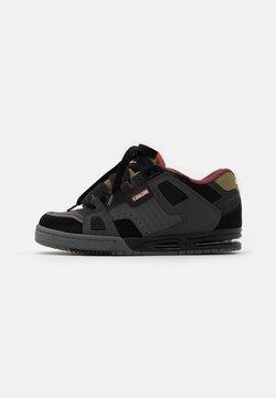 Globe - SABRE - Skateschuh - charcoral/black/iron