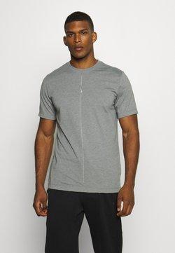 Nike Performance - DRY TEE YOGA - T-Shirt basic - iron grey/smoke grey