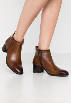 Marco Tozzi - Ankle Boot - cognac antic