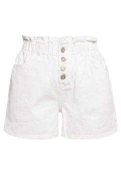 Missguided - PLEAT WAIST BAND HIGHWAISTED - Jeansshort - white