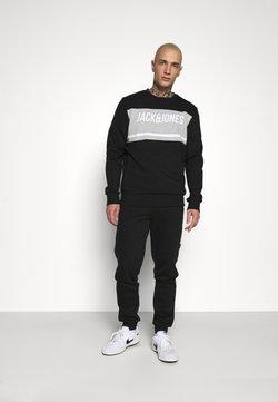Jack & Jones - JCOBONDS TRACKSUIT SET - Sweatshirt - black