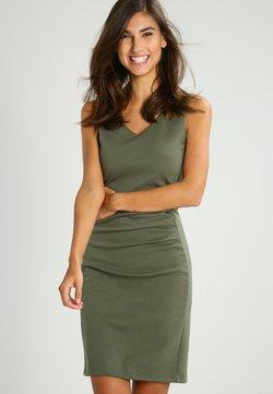 Kaffe - SARA DRESS - Vestido de tubo -  old green