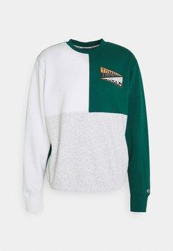 Tommy Jeans - BACK GRAPHIC CREW - Sweatshirt - mottled grey