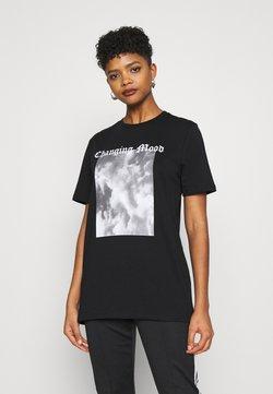 Nly by Nelly - STATEMENT TEE - T-shirt z nadrukiem - black/grey