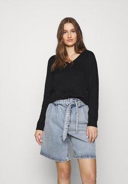 Selected Femme - SLFINKA VNECK - Sweter - black