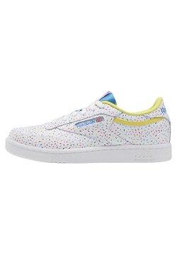 Reebok Classic - CLUB C SHOES - Sneakersy niskie - white