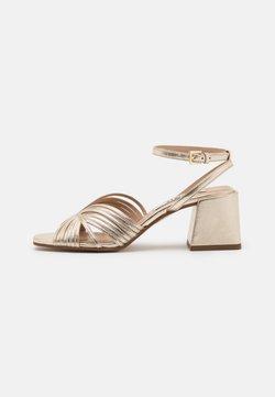 Zign - Sandaalit nilkkaremmillä - gold
