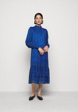 CECILIE copenhagen - ELLY - Vestido camisero - blue