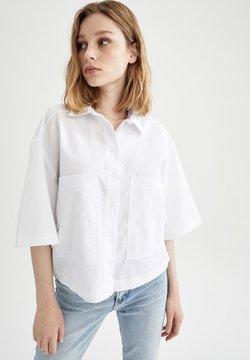 DeFacto - CROPPED FIT  - Koszula - white