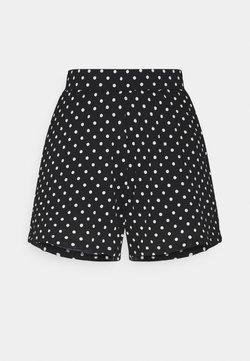ONLY Tall - ONLPELLA - Shorts - black/cloud dancer