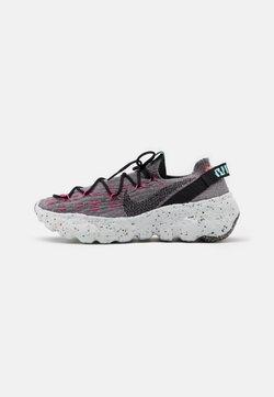 Nike Sportswear - SPACE HIPPIE  - Sneaker low - smoke grey/black/pink blast