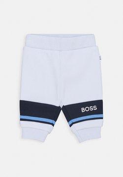 BOSS Kidswear - JOGGING BOTTOMS BABY UNISEX - Broek - pale blue