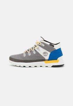 Timberland - SPRINT TREKKER MID WP ULTD - Höga sneakers - white/blue