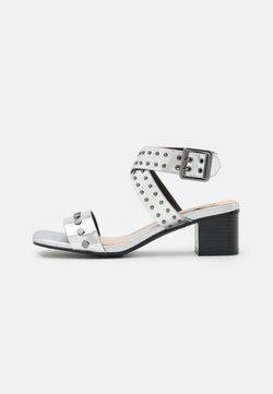 Pepe Jeans - ROMY STUDS - Sandalias - silver