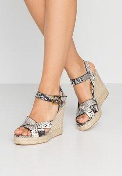 Ted Baker - SELANAE - Korolliset sandaalit - natural