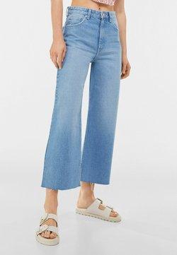 Bershka - Jeans a zampa - blue