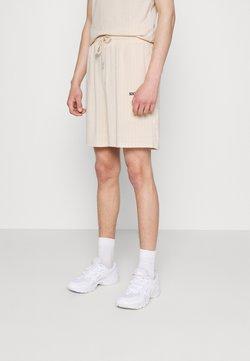 Sixth June - STRIPES - Shorts - beige