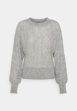 Vero Moda - VMVILMA BATWING - Sweter - light grey