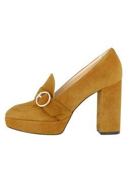 Evita - Zapatos altos - ocker