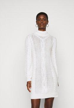 Object Tall - OBJAVA ROLLNECK DRESS  - Gebreide jurk - gardenia