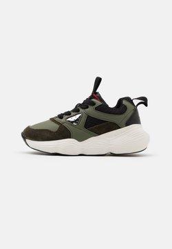 Geox - BUBBLEX BOY - Sneakers laag - military/black