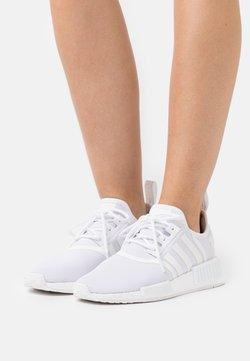 adidas Originals - NMD_R1 PRIMEBLUE ORIGINAL SHOES - Matalavartiset tennarit - footwear white/silver metallic