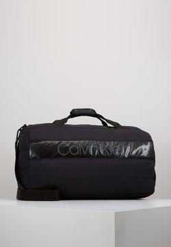 Calvin Klein - PUFFER GYM DUFFLE - Reisetasche - black
