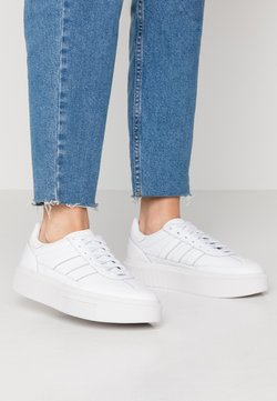 adidas Originals - SLEEK SUPER 72 - Sneaker low - footwear white/crystal white