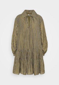 Glamorous - SMOCK DRESS WITH LONG SLEEVES - Freizeitkleid - olive/metallic gingham