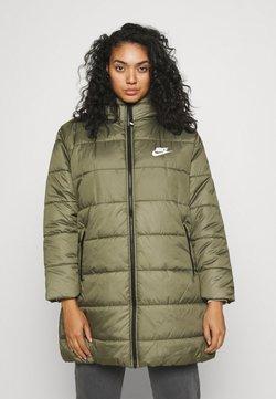 Nike Sportswear - CLASSIC - Vinterkåpe / -frakk - medium olive/white