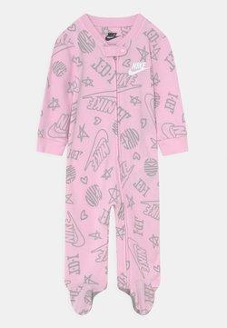 Nike Sportswear - FOOTED COVERALL UNISEX - Strampler - pink foam